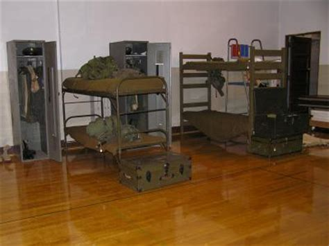 military bunk beds u s m h c us military historical collection