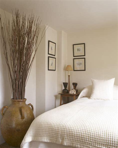 Bedroom Vases floor vases photos 16 of 16 lonny