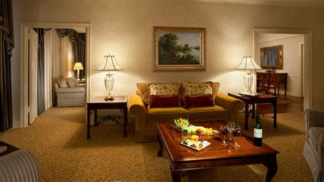 dc hotels with in room suites in washington dc guest rooms omni shoreham hotel