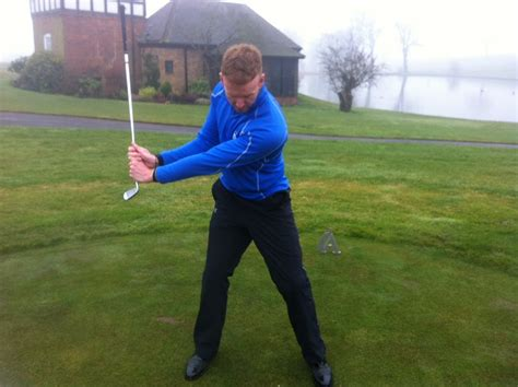 golf swing takeaway wrists improve your wrist hinge in your backswing youtube