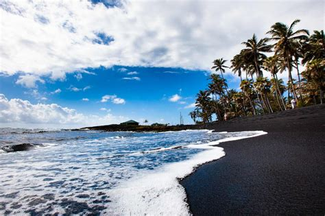 picture photo black sand beach at punaluu big island big island grand circle island tour punalu u black sand