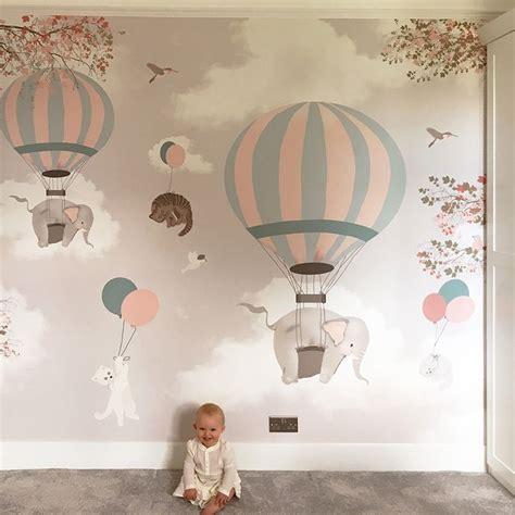 wallpaper for baby bedroom best 25 baby wallpaper ideas on pinterest baby room nursery and nursery decor