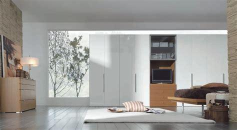 Modern White Wardrobe by Wardrobe Designs