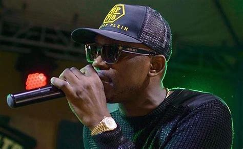 busy signal  love  israel captivates spain