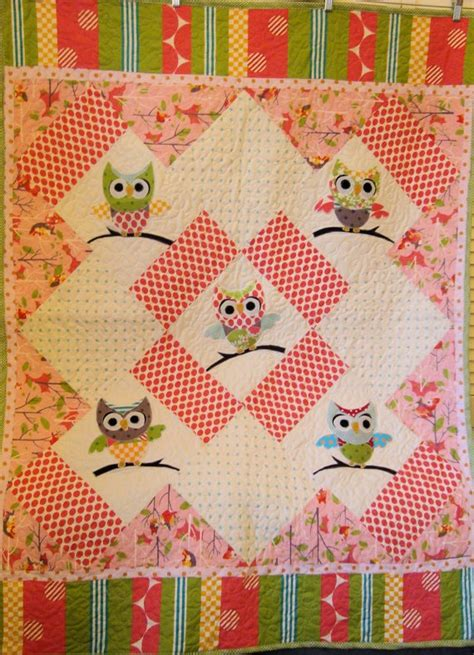 Owl Baby Quilt Pattern by Appliqued Pink Owl Baby Quilt