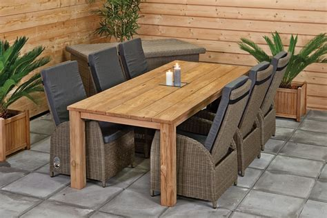 Rustic Outdoor Table And Chairs   Outdoor Dining Set