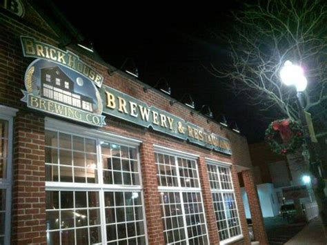 brick house brewery brick house brewery picture of brick house brewery and restaurant patchogue