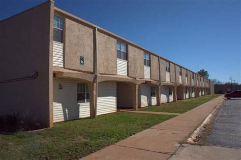 oaks appartments live oaks apartments jacksonville tx apartment finder