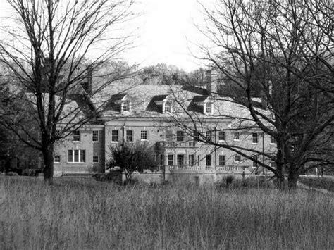 michigan haunted houses 9 spooky hauntings in michigan