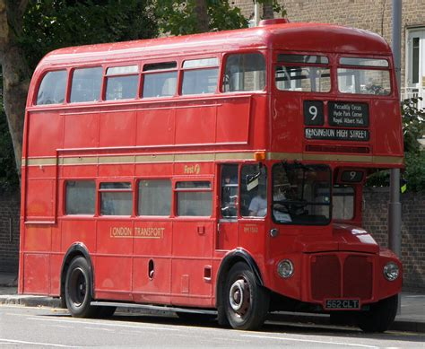 File:First London Routemaster bus RM1562 (562 CLT