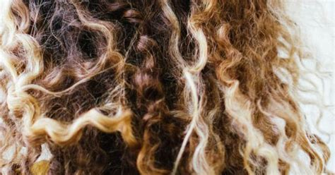 Drying Curly Hair Without Frizz how to air hair a frizz and fuss free guide summer my hair and curly hair