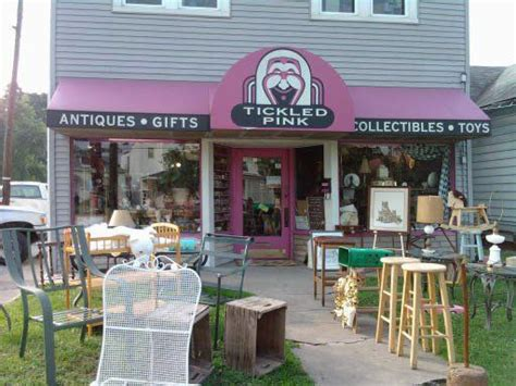 home decor stores in louisville ky love tickled pink in louisville ky z tickled pink
