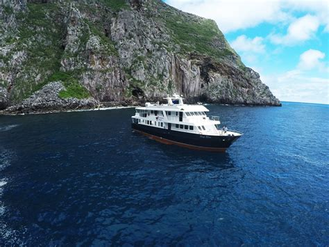 galapagos islands boats galapagos island liveaboards