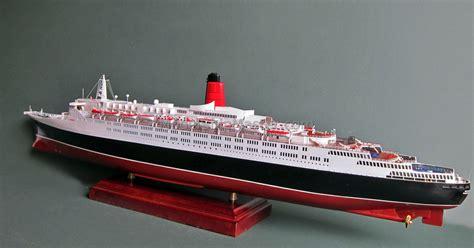 queen elizabeth ii ship queen elizabeth 2 classic transatlantic ocean liner