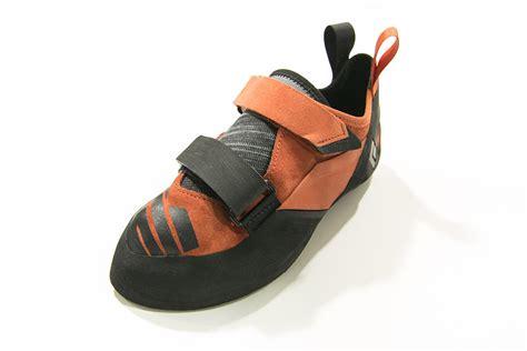 stiff climbing shoes stiff climbing shoes 28 images climbing shoe buying