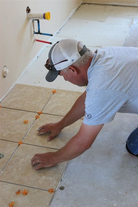 alabama working with habitat for humanity to make a difference alabama power service organization volunteers turn young