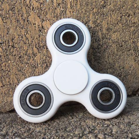 Fidget Spinner Finger Spinner tri fidget spinner edc finger spinner focus anxiety stress relief desk brain teasers