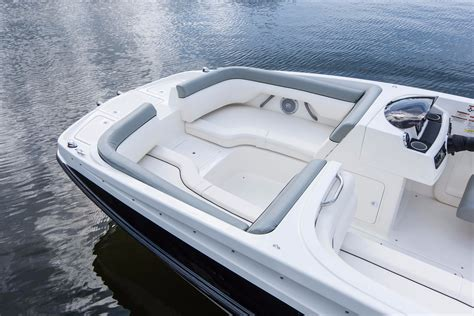bayliner deck boat for sale uk bayliner 195 deck boat 195 deck boat nottinghamshire