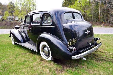 file 1936 buick series 40 special 4dr sedan style no 41 rear left jpg wikimedia commons 1936 buick 4 door sedan