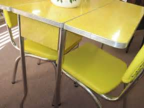 Yellow Dining Table And Chairs Yellow 1950 S Cracked Formica Table And Chairs Fabfindsblog