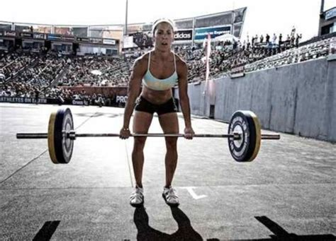 average bench press for a woman trying to build strength periodized training yields 30 34 77 increases in