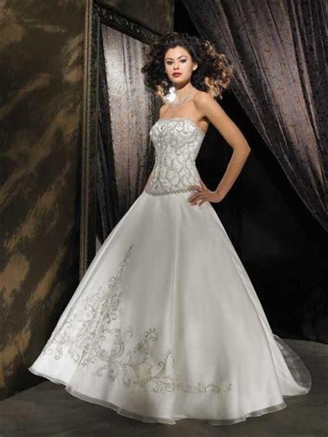 imagenes de vestidos de novia los mas lindos los m 225 s lindos vestidos largos para novias paperblog