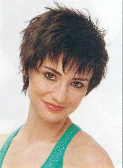 short wispy shag hairstyles 63 best choppy sexy shag cuts images on pinterest
