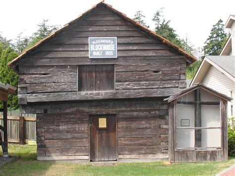 whidbey house 28 whidbey house whidbey island coupeville cliff