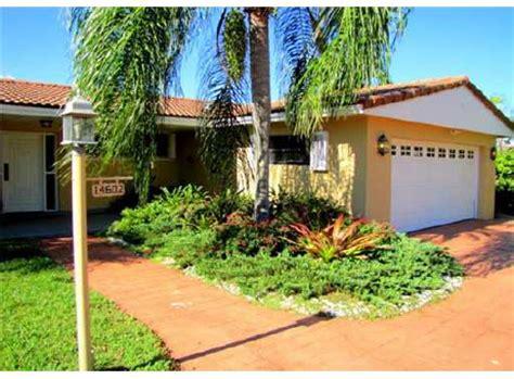 house for sale miami lakes green realty miami lakes homes for sale list your miami lakes miami lakes