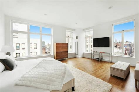 rihanna s bedroom report rihanna renting manhattan apartment for 39 000 a month zillow porchlight