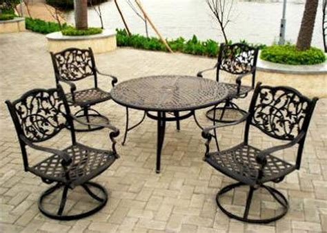 Gorgeous Iron Patio Chairs Wrought Iron Patio Table And 4