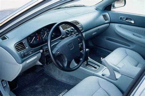 97 Honda Civic Interior by 1994 97 Honda Accord Consumer Guide Auto