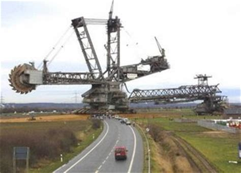 only the most largest vehicle in the world bagger 288