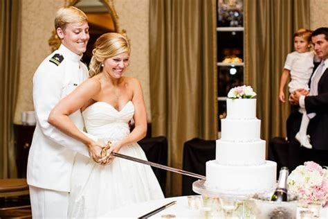 Wedding Cake Cutting Song Ideas   A Perfect Blend