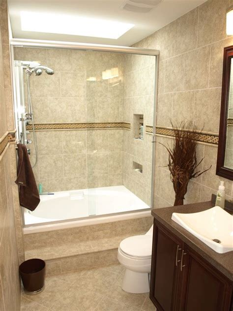 Bathroom Renovation Ideas Small Bathroom by 17 Best Ideas About Small Bathroom Renovations On