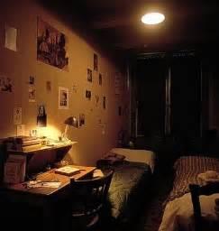 the diary of frank inside the secret annex
