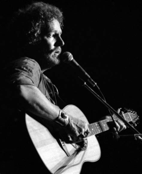 Gorden Canon F 16 best gordon lightfoot pictures then and now images on