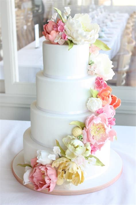 Wedding Cakes Flowers by Vintage Inspired Wedding Flower Cake Pretty Pink