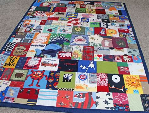 pattern for baby clothes quilt 25 best ideas about baby memory quilt on pinterest baby