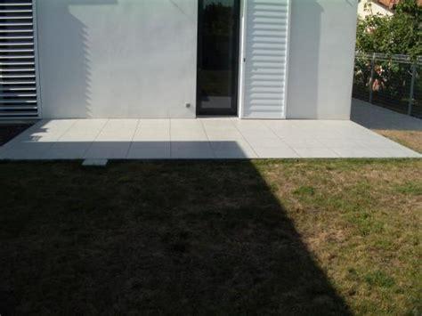 terrasse en 60x60 contemporaine vue 2