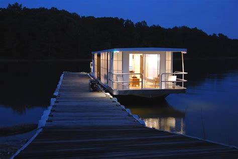 modern house boat contemporary luxury houseboat with a loft style interior freshome com