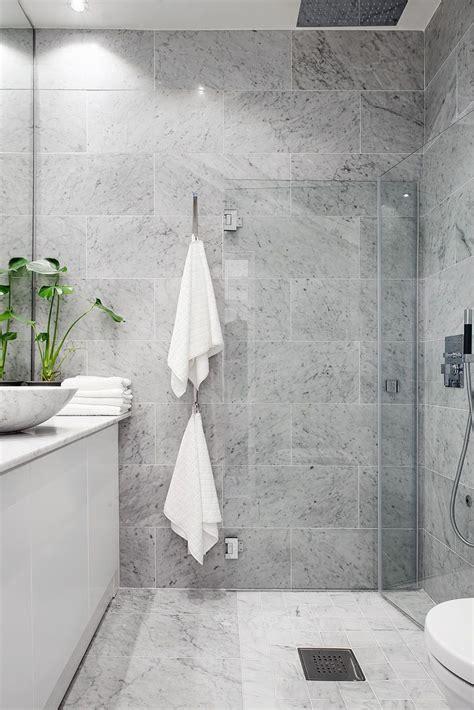 grey marble bathroom best 25 small grey bathrooms ideas on pinterest