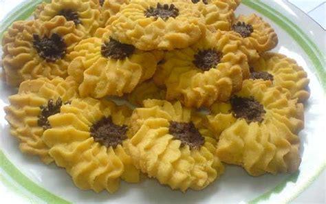 Spesial Kismis Besar Mandarin Kue Khas aneka bahan dan resep kue semprit mawar paling enak juga renyah sajian spesial lebaran