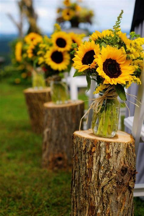 ways  incorporate mason jars   wedding
