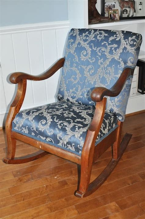 how to reupholster a rocker recliner 1000 ideas about old rocking chairs on pinterest