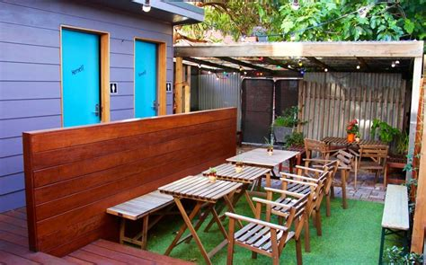 Backyard Bar Northcote by Buck Mulligan S Whiskey Bar Cool Bars City Secrets