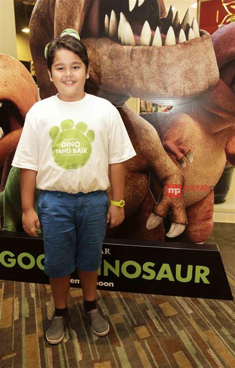 nonton film the good dinosaur adam farrel dipilih disney untuk jadi dubber arlo the