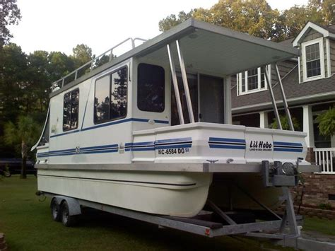 catamaran hire near me 51 best pontoon images on pinterest houseboats boat