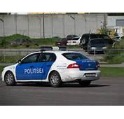 Estonian Police Car RespondingJPG  Wikimedia Commons