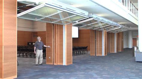 Hydrau Lift Bifold Doors From Hufcor Duke University Bifold Overhead Doors